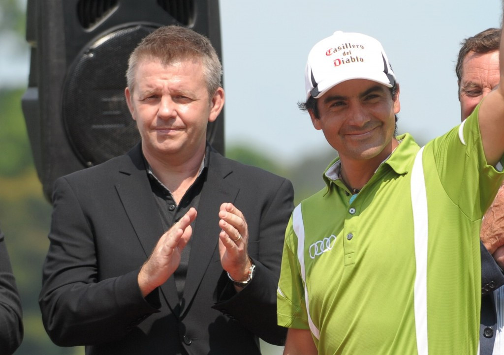 Mike Kerr (left) has resigned as chief executive of golf's Asian Tour ©Getty Images