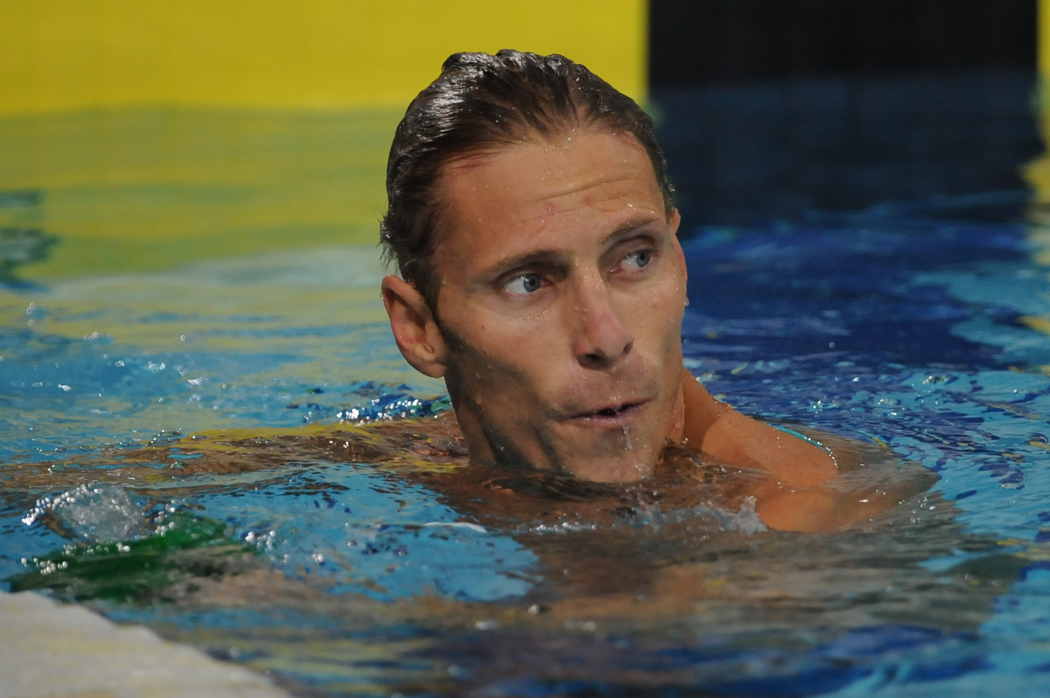 Olympic swimming champion Roland Schoeman receives one-year doping ban