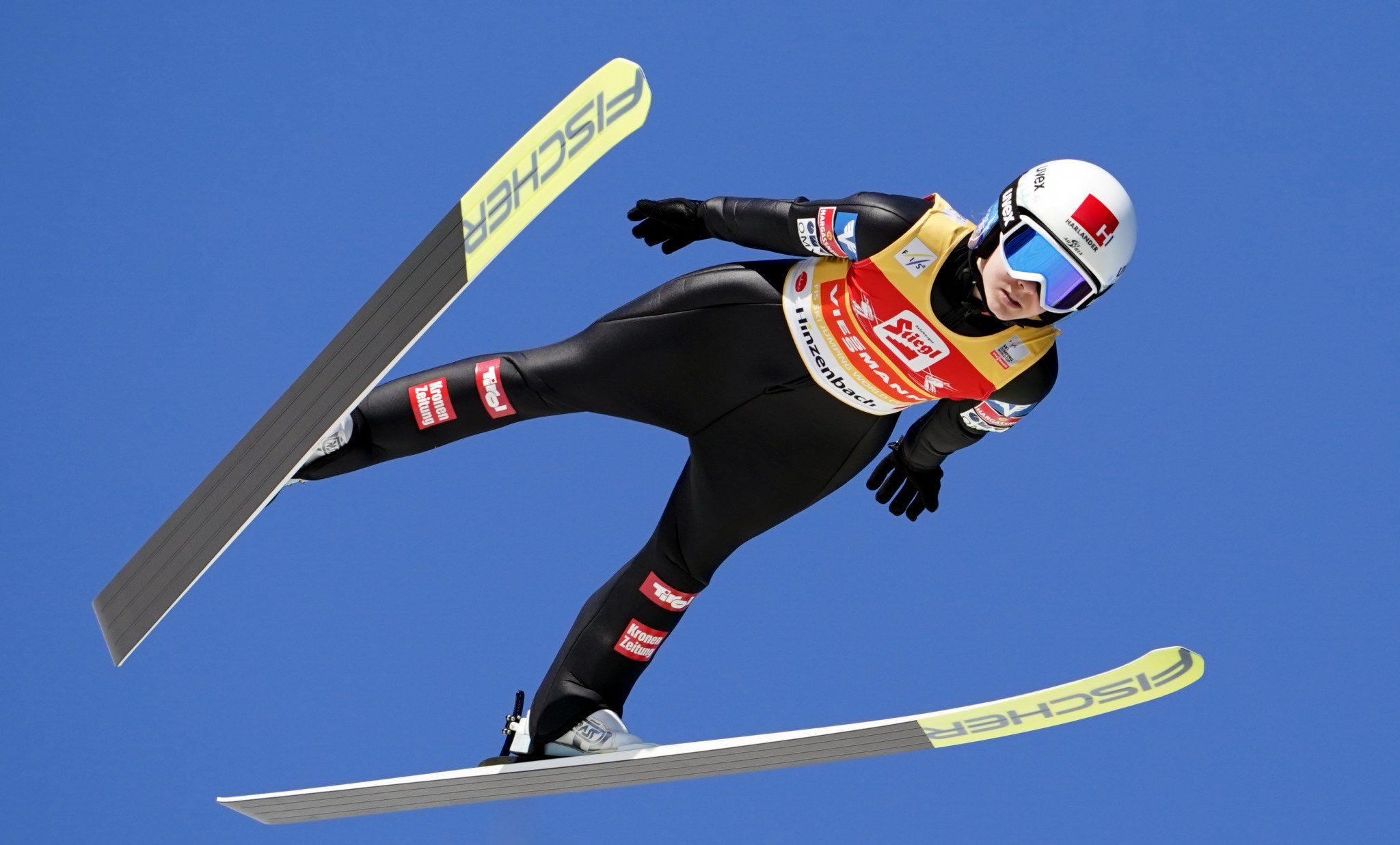 Hölzl leads qualifying at FIS Ski Jumping World Cup in Hinzenbach