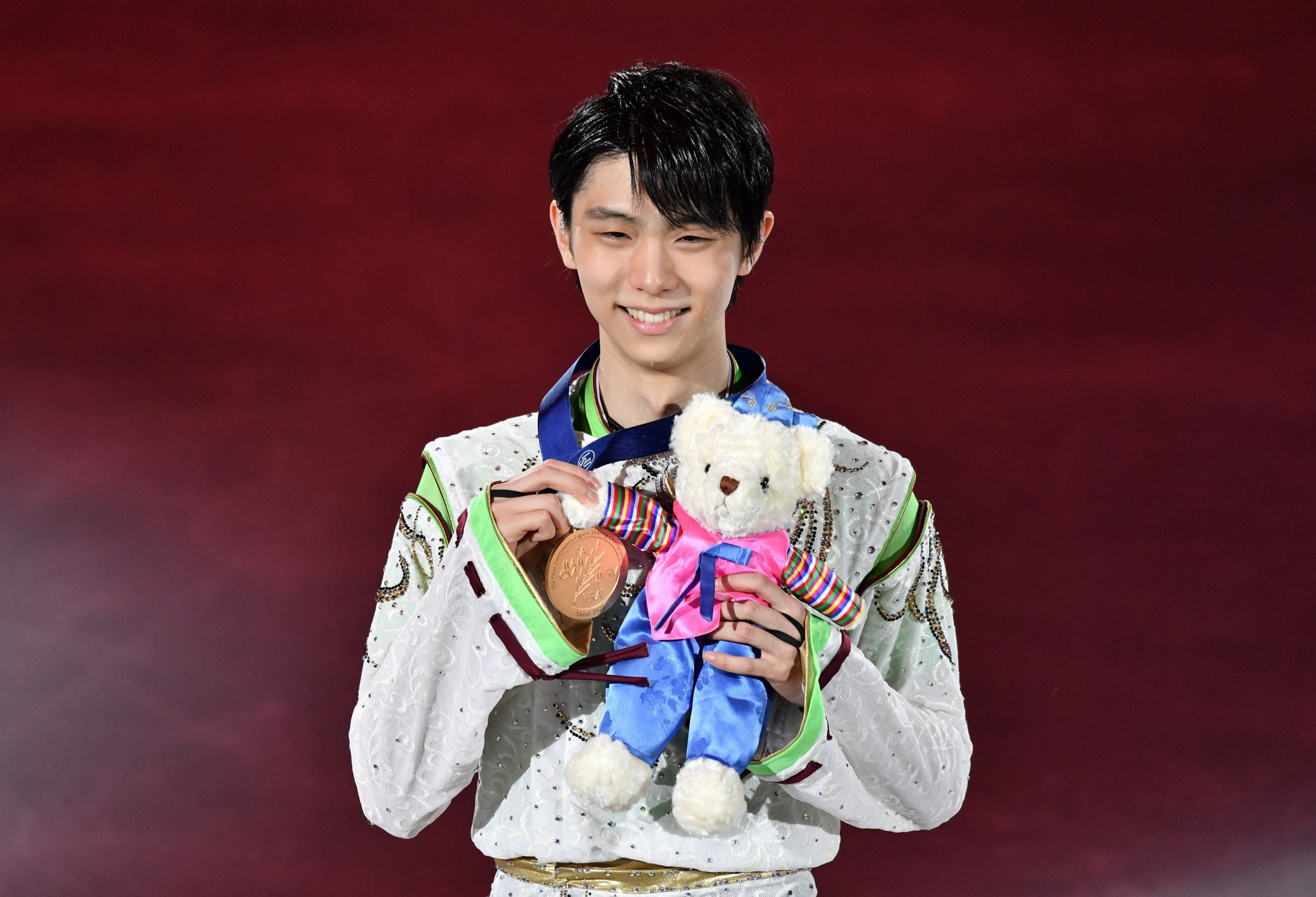 "Hanyu completes ""super slam"" with victory at ISU Four Continents Figure Skating Championships"