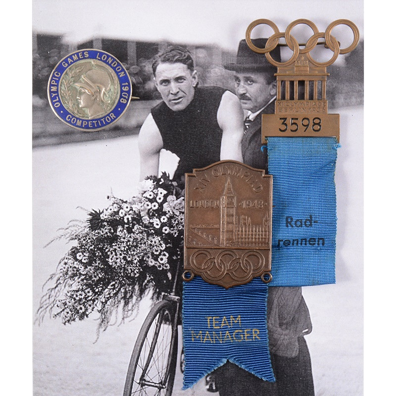 Medals and badges from British four-time world cycling champion sold at auction