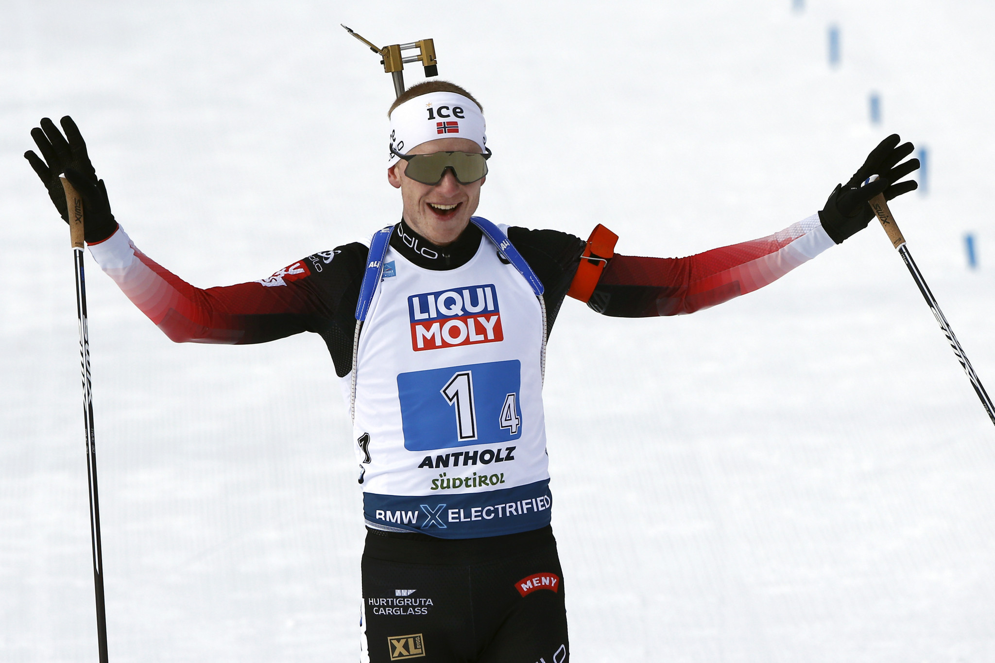 Johannes Thingnes Bø led Norway to victory in the mixed relay ©Getty Images