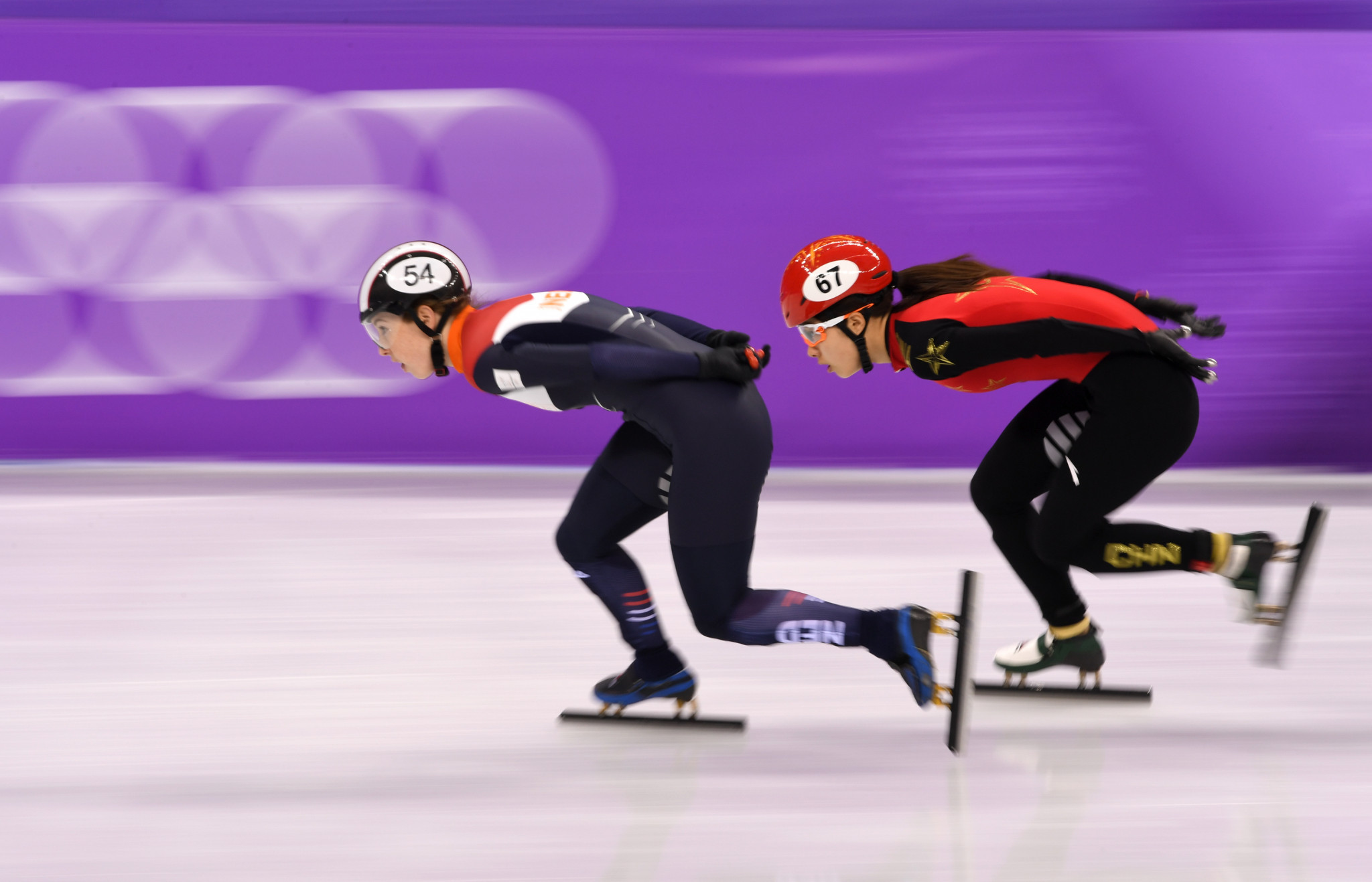 Home star Van Ruijven shines in women's 500m heats at ISU Short Track Speed Skating World Cup finale