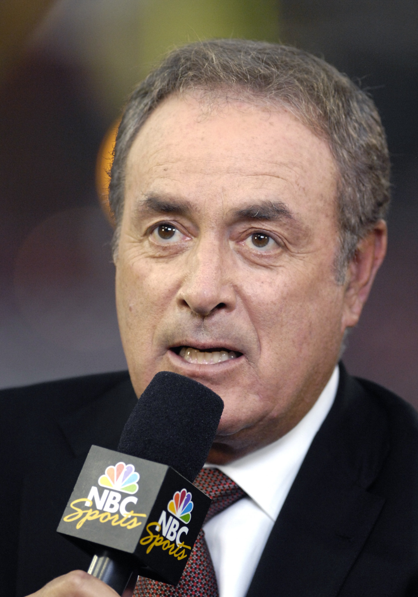 """Al Michaels' commentary on the US ice hockey victory over the Soviet Union at the 1980 Olympics is now legend: """"11 seconds, you've got 10 seconds, the countdown going on right now! Morrow, up to Silk. Five seconds left in the game. Do you believe in miracles? Yes!"""" ©Getty Images"""