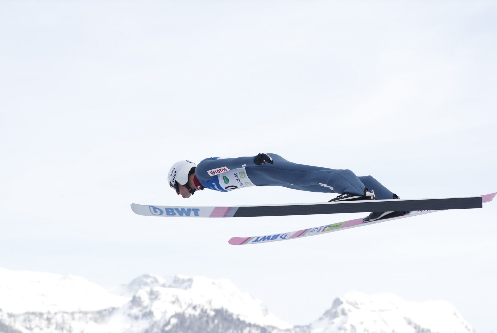 Żyła wins first Ski Jumping World Cup event of the year ahead of favourites