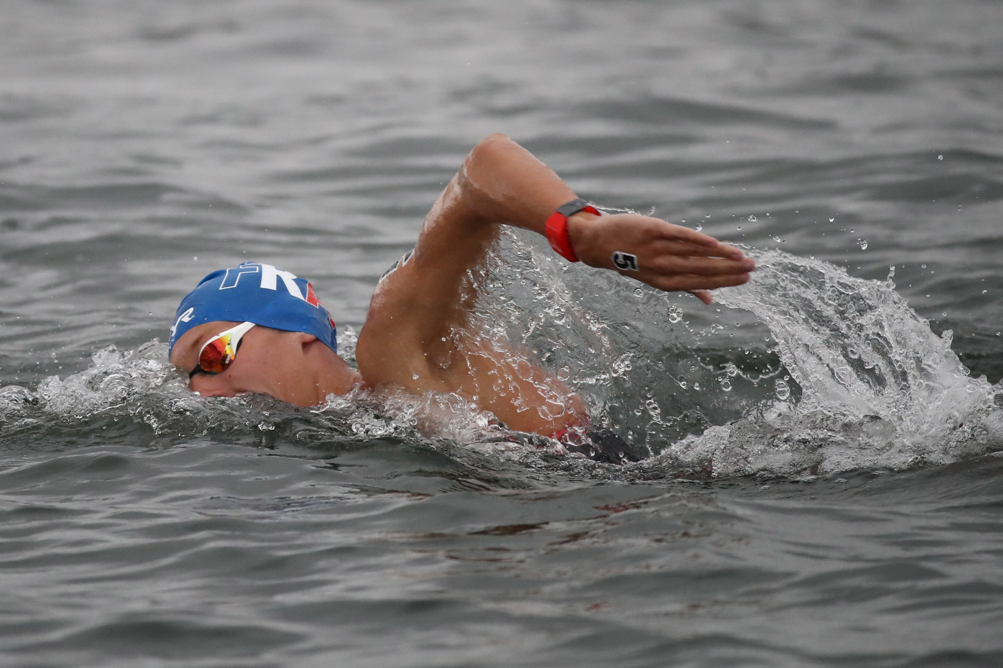 Beck and Olivier triumph at FINA Marathon Swim World Series opener in Doha