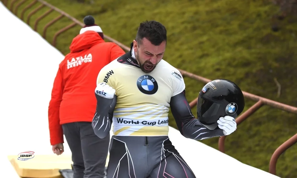 Dukurs earns two skeleton titles at IBSF World Cup as Latvians receive Sochi 2014 medals
