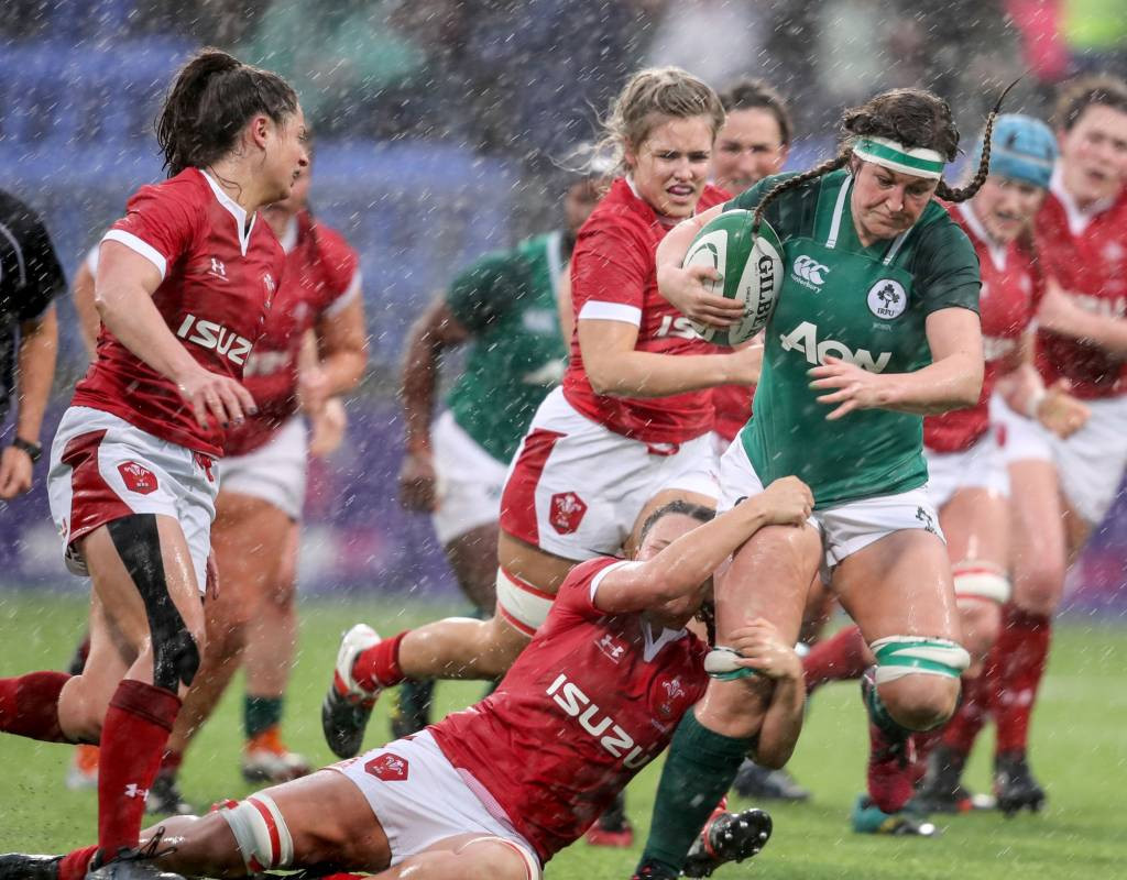 Players representing Wales in the women's Six Nations had to endure cold showers after coming up against Ireland in dismal conditions ©Six Nations Rugby