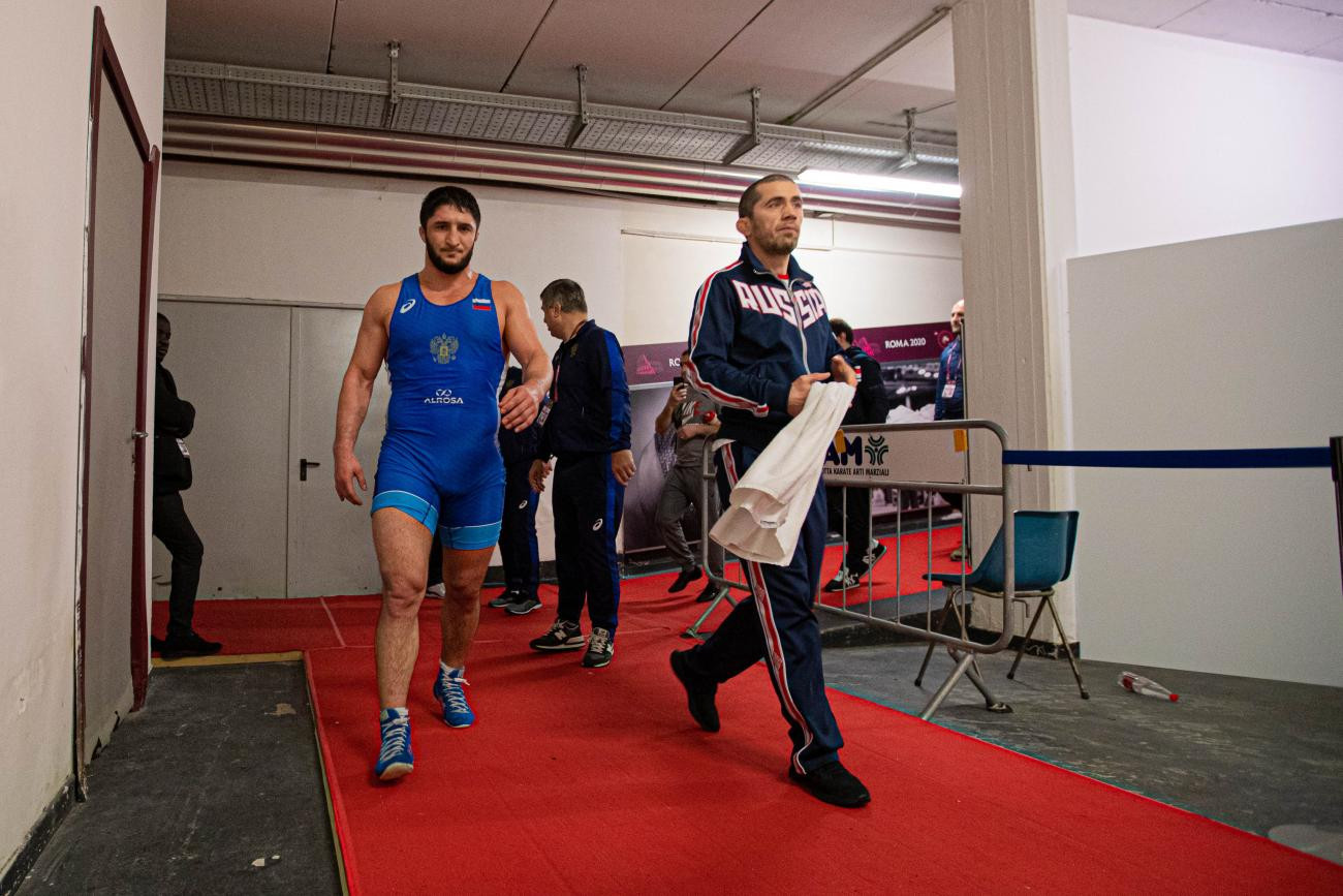 Triple gold for Russia on penultimate day of European Wrestling Championships