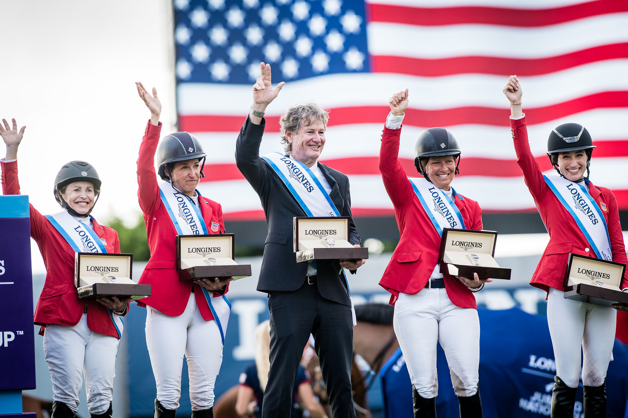 The victorious American team of, left to right, Margie Goldstein-Engle Laura Kraut, Robert Ridland, Beezie Madden and Jessica Springsteen ©FEI