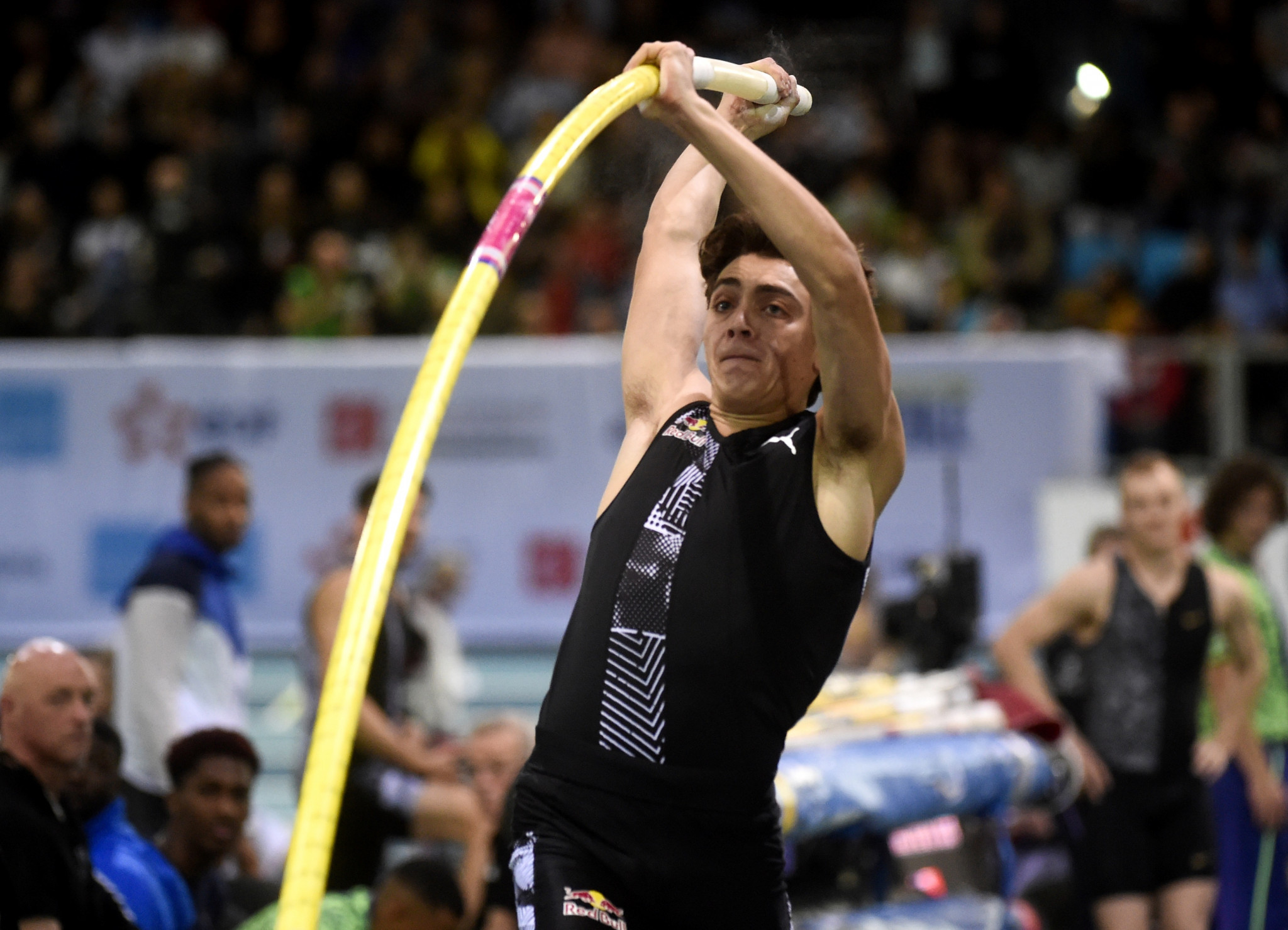 Duplantis just misses third world pole vault record in Liévin