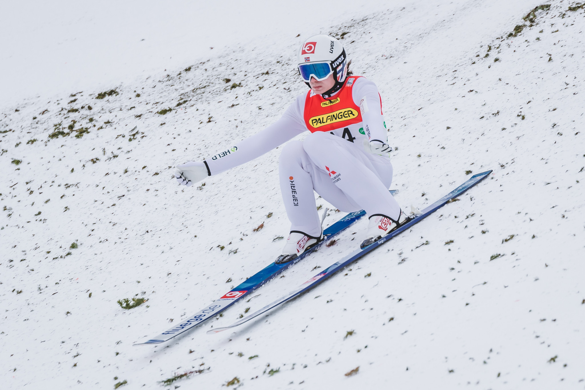 Lindvik tops qualification at Ski Jumping World Cup in Rasnov