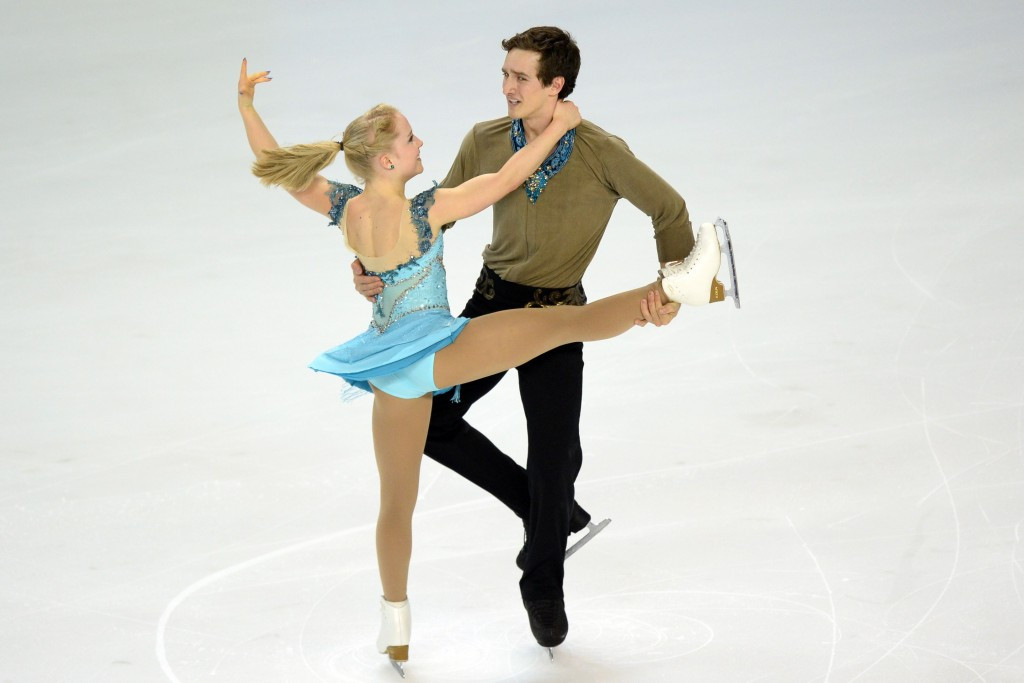 Julianne Séguin and Charlie Bilodeau were awarded a place having been first substitutes when the Trophée Eric Bompard was cancelled due to the Paris terror attacks