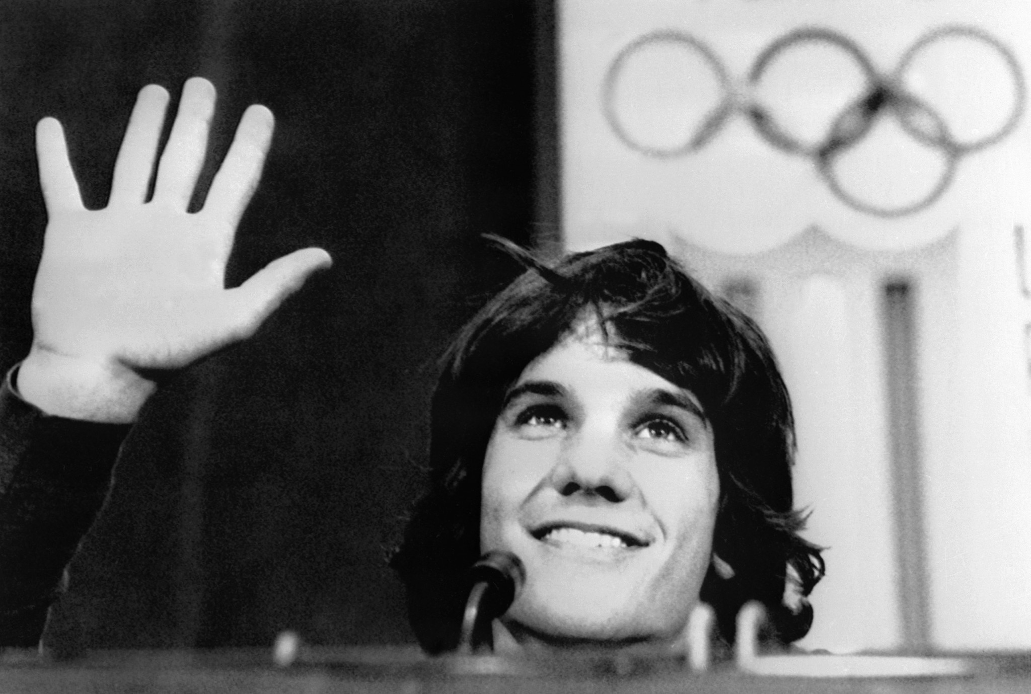 Eric Heiden acknowledges his five speed skating victories at Lake Placid 1980 in a post-Games press conference ©Getty Images