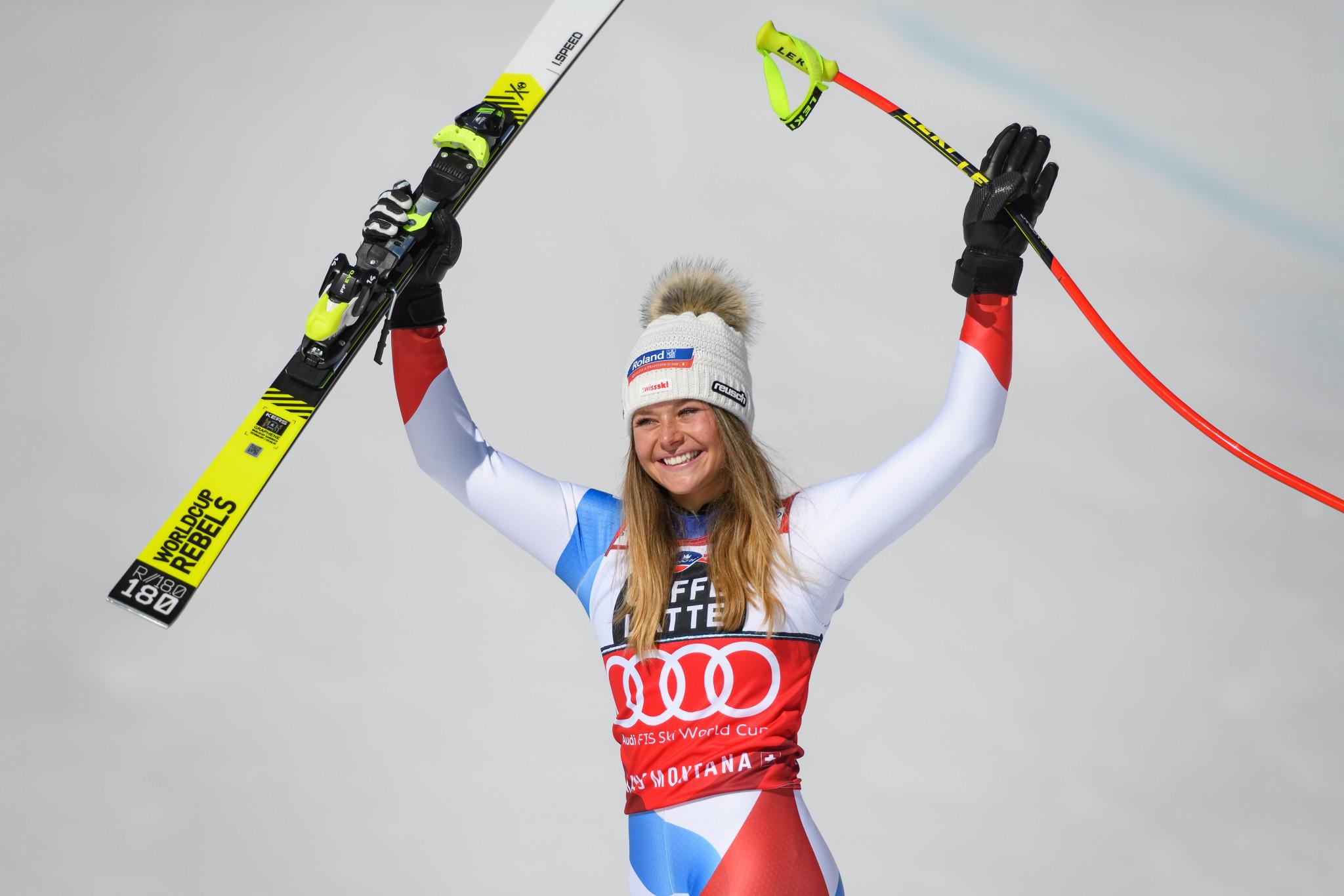 Suter seals downhill crystal globe at FIS Alpine Skiing World Cup