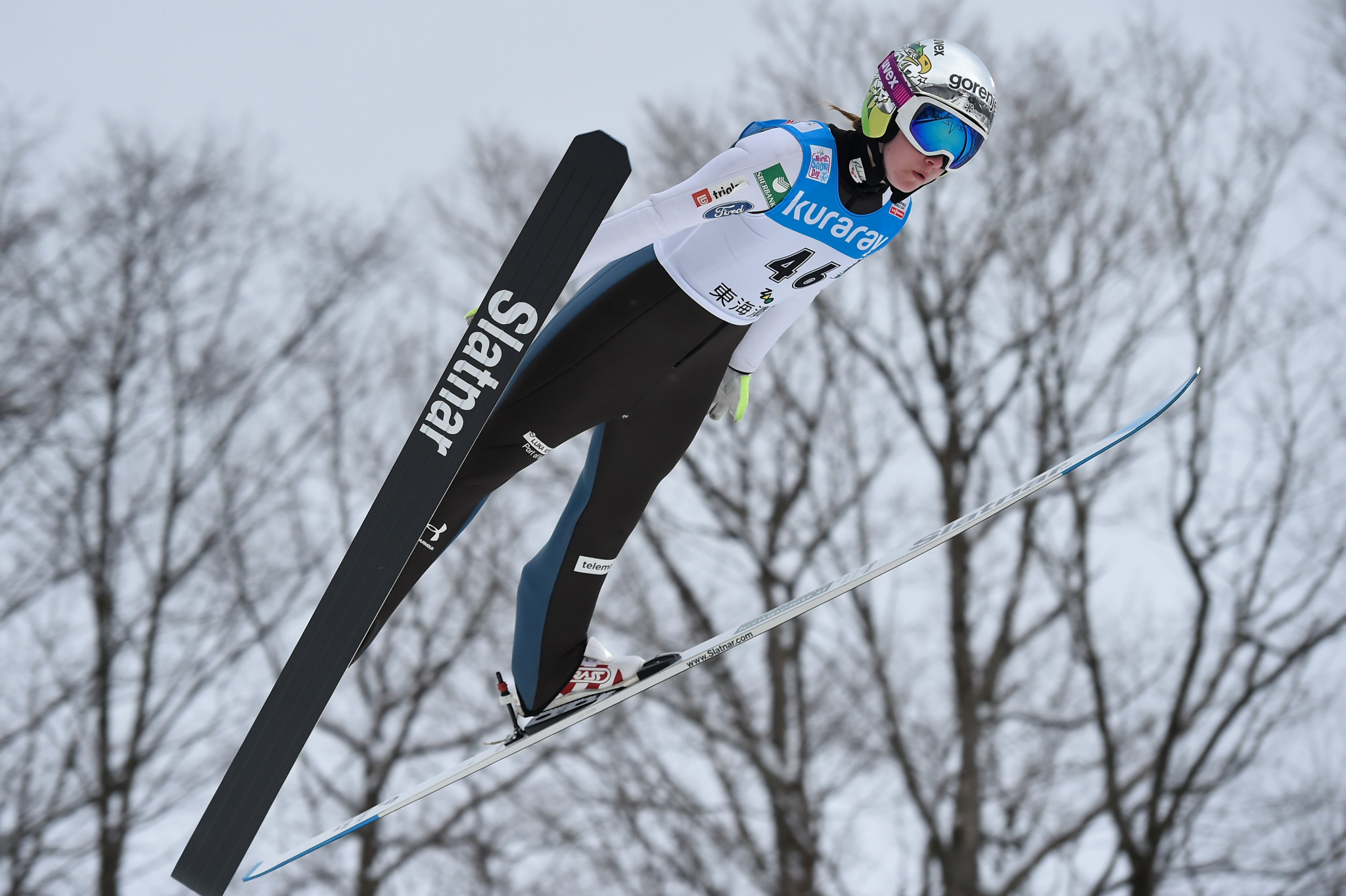Ema Klinec could not get her side the gold medal despite a strong showing on the last leg ©Getty Images