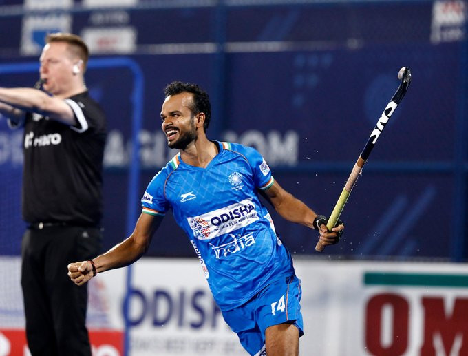 India snatch bonus point after shoot-out win in FIH Pro League