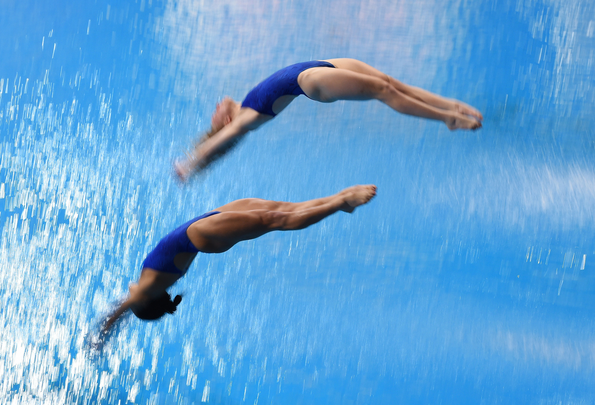 US pair Kassidy Cook and Sarah Bacon won back-to-back three metre synchro golds at the FINA Diving Grand Prix ©Getty Images