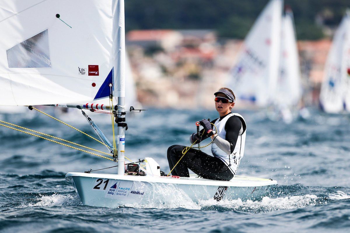 Only one race goes ahead as Jayet tops table at ILCA Laser Radial Women's World Championships