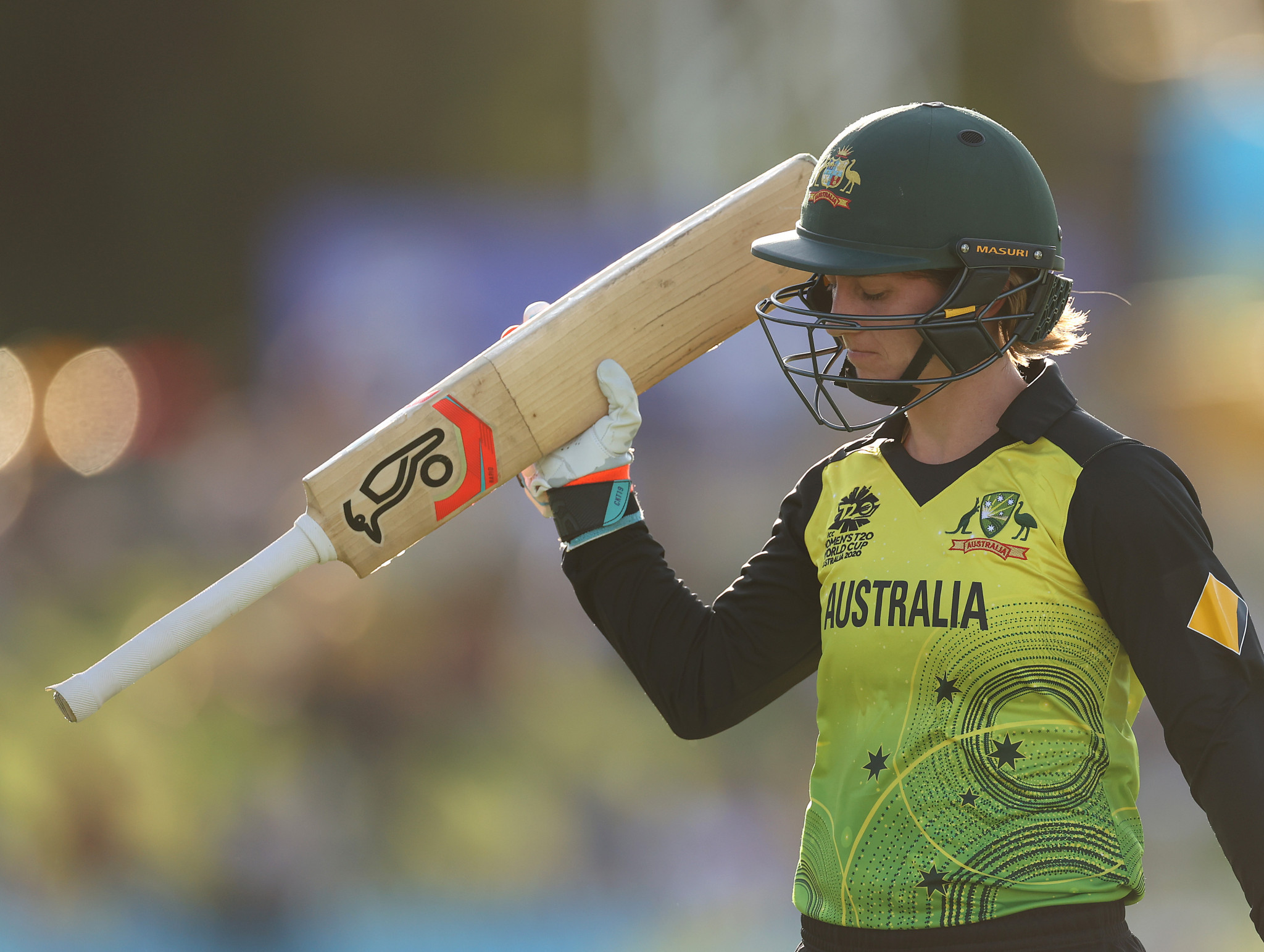 Australia recover from major scare to beat Sri Lanka at Women's T20 World Cup