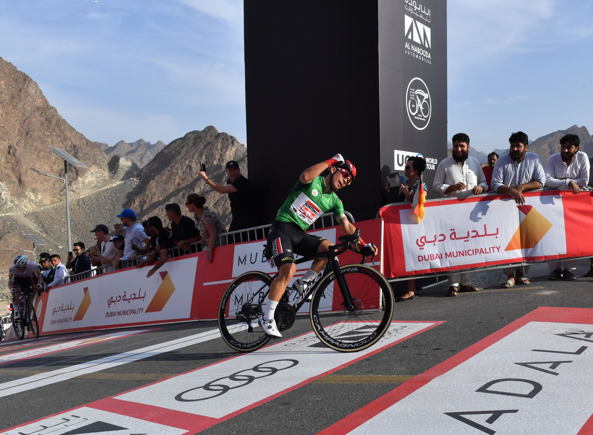 Ewan sprints to win stage two on uphill finish at UAE Tour