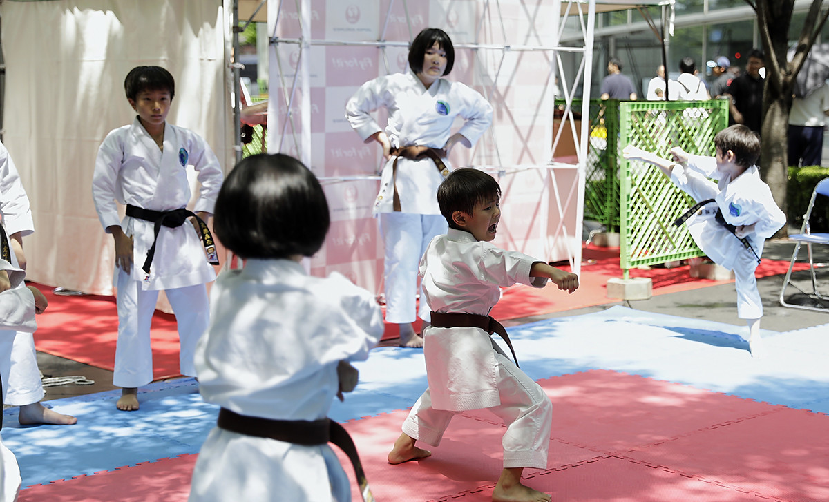 Youngsters tried out karate as part of Let's 55 initiatives ©WKF