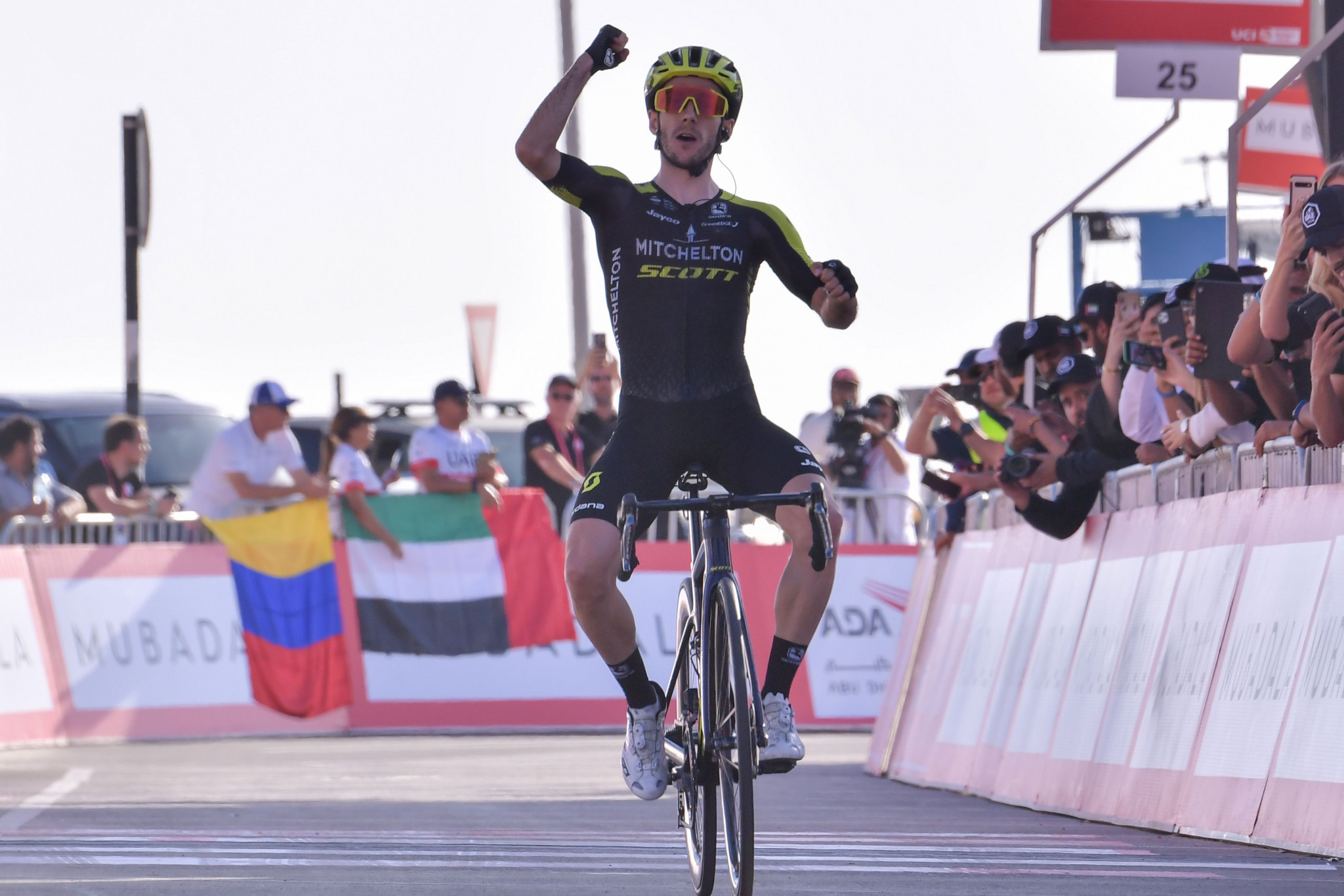 Yates wins third stage of UAE Tour to take race lead