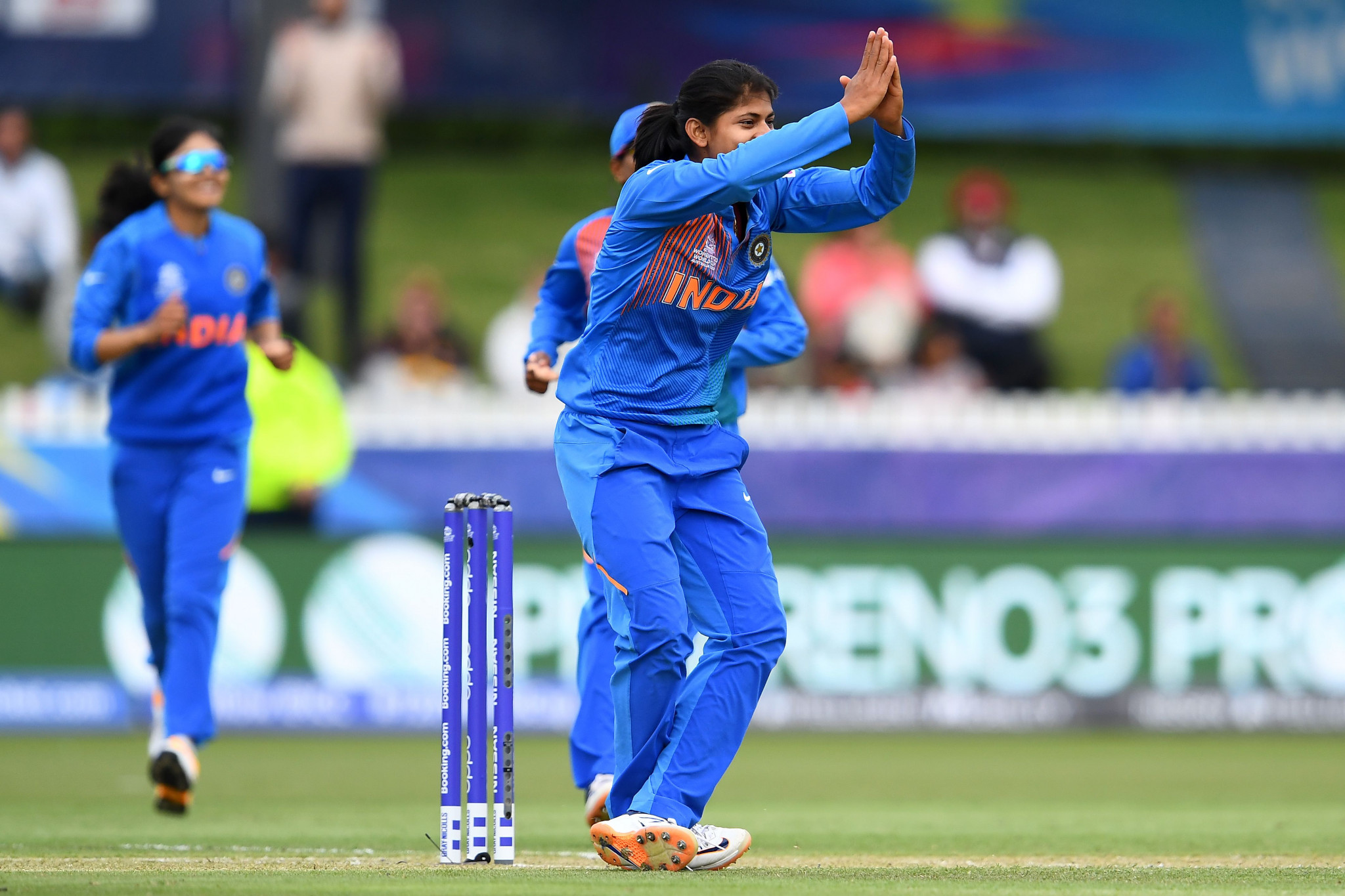 India beat New Zealand to qualify for Women's T20 World Cup semi-finals