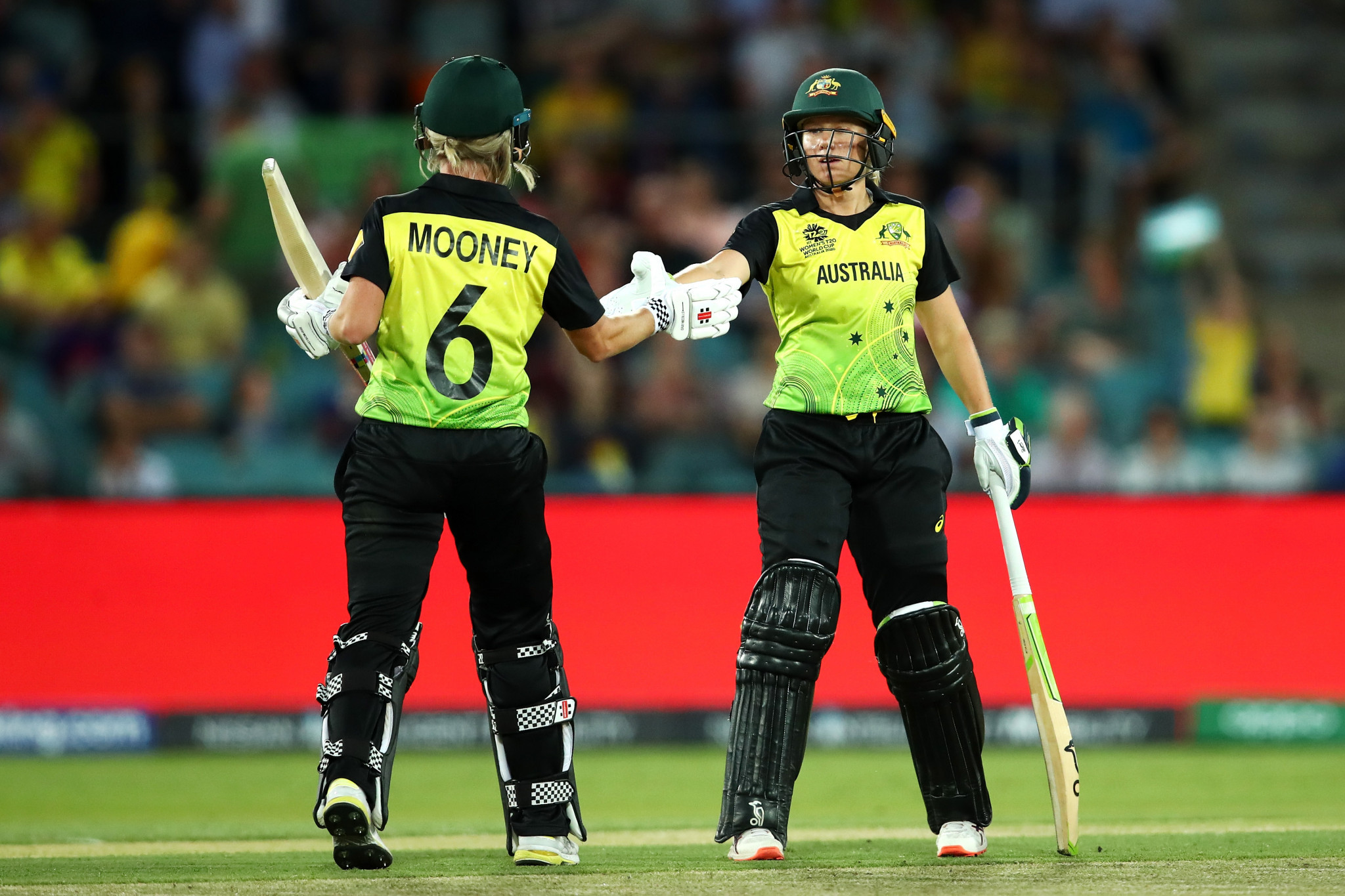 Alyssa Healy and Beth Mooney produced a massive opening partnership in Australia's win over Bangladesh ©Getty Images