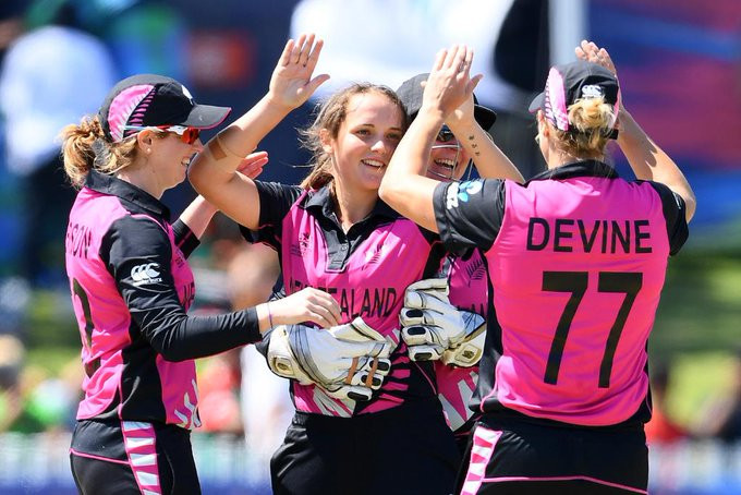 New Zealand avoid upset with victory over Bangladesh at Women's T20 World Cup