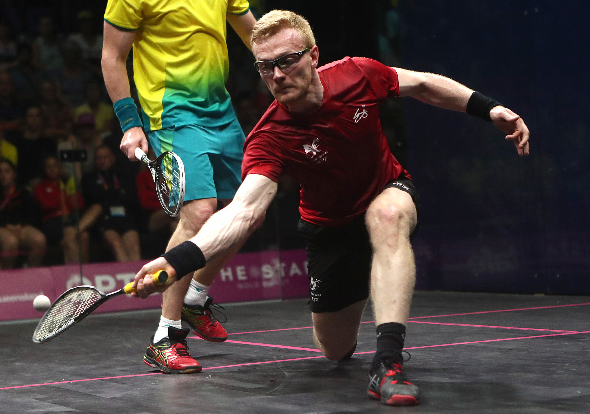 Makin first Welshman to crack squash's top 10 since 2002