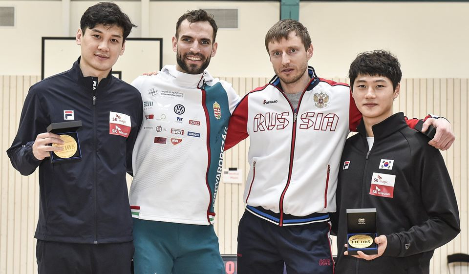 Hungary's Áron Szilágyi, second from left, triumphed at the FIE Sabre World Cup for men in Luxembourg ©FIE/Facebook/Trifiletti/Bizzi Team