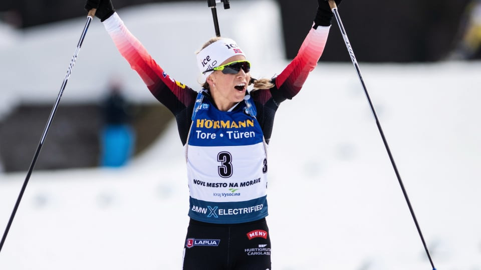 Near-perfect Eckhoff takes mass start win at IBU World Cup in Czech Republic