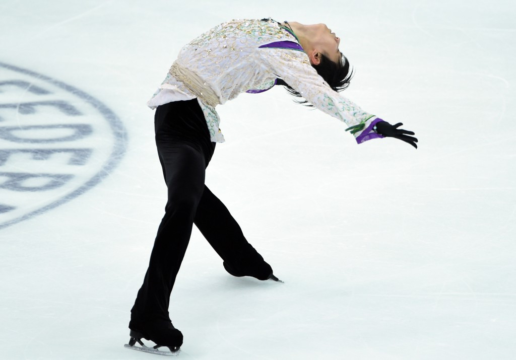 Hanyu breaks men's short programme world record at ISU Grand Prix of Figure Skating Final