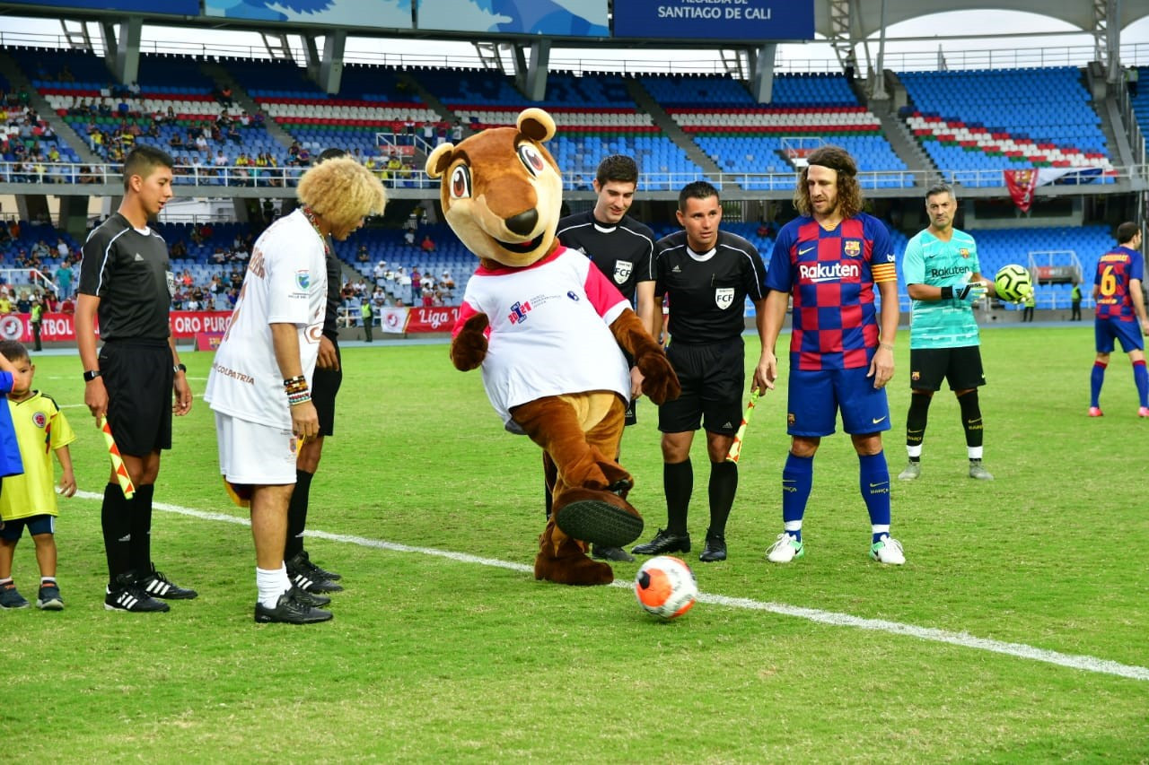 Pana the coati was unveiled at a football match at the Pascual Guerrero Stadium ©Cali 2021
