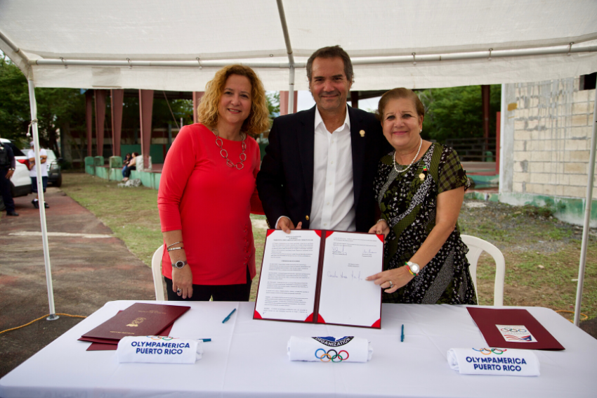 Puerto Rico Olympic Committee signs agreement with Olympamérica Program