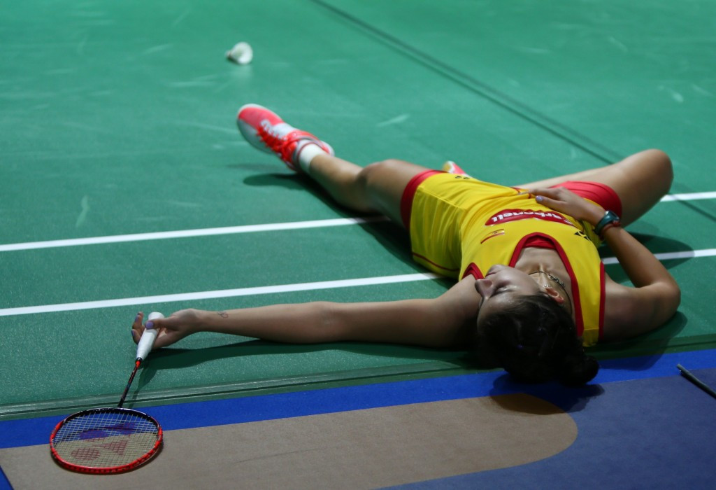 Marin advances to last four of BWF Superseries Finals despite suffering second defeat