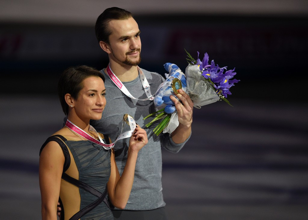 Russia's Ksenia Stolbova and Fedor Klimov secured the pairs title in Barcelona ©Getty Images