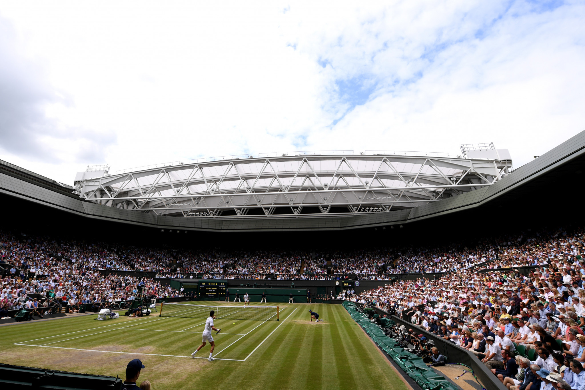 Preparations for Wimbledon continue despite coronavirus fears