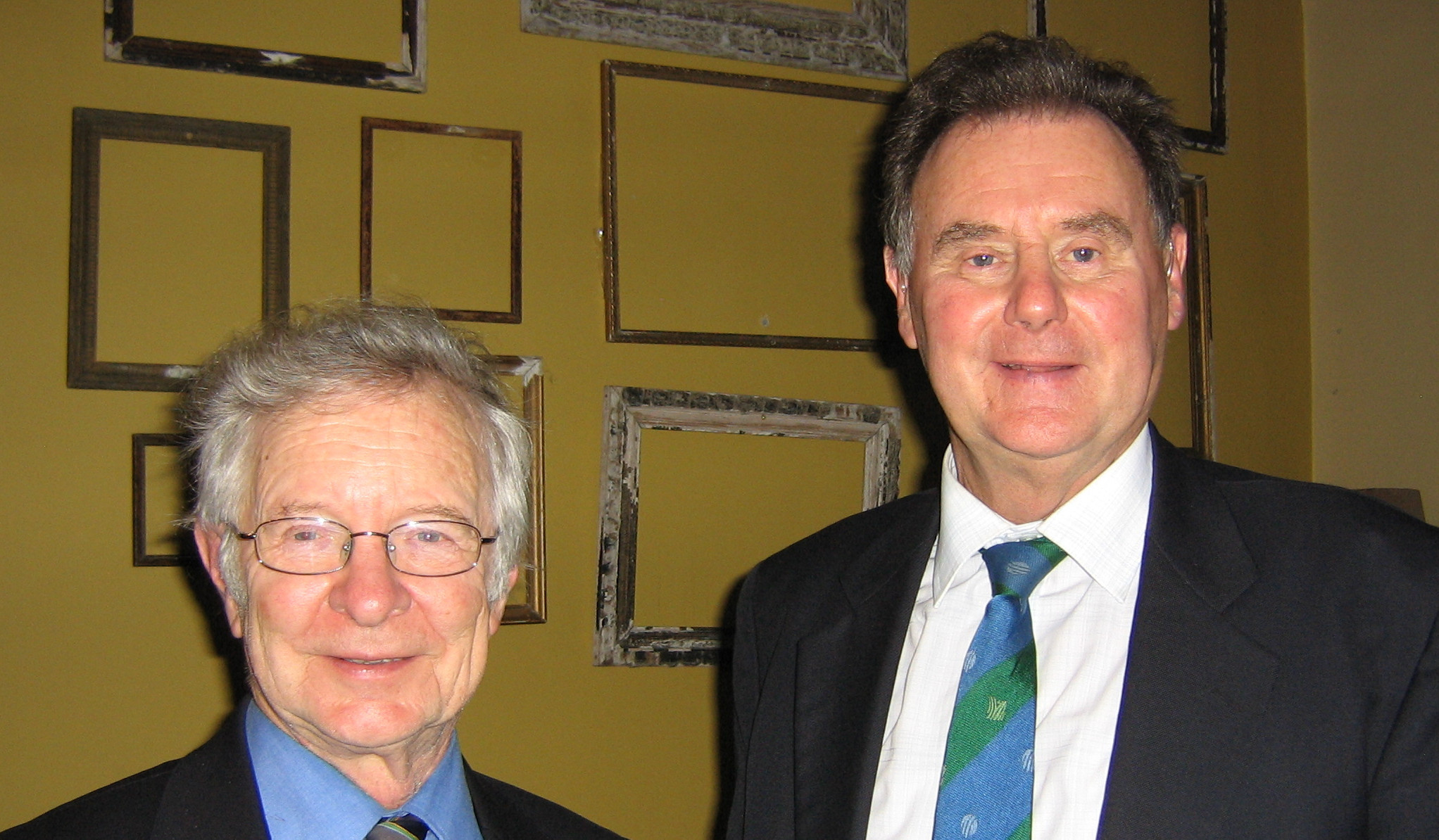 Frank Duckworth and Tony Lewis (right), who were responsible for devising the DLS method ©Association of Cricket Statisticians and Historians