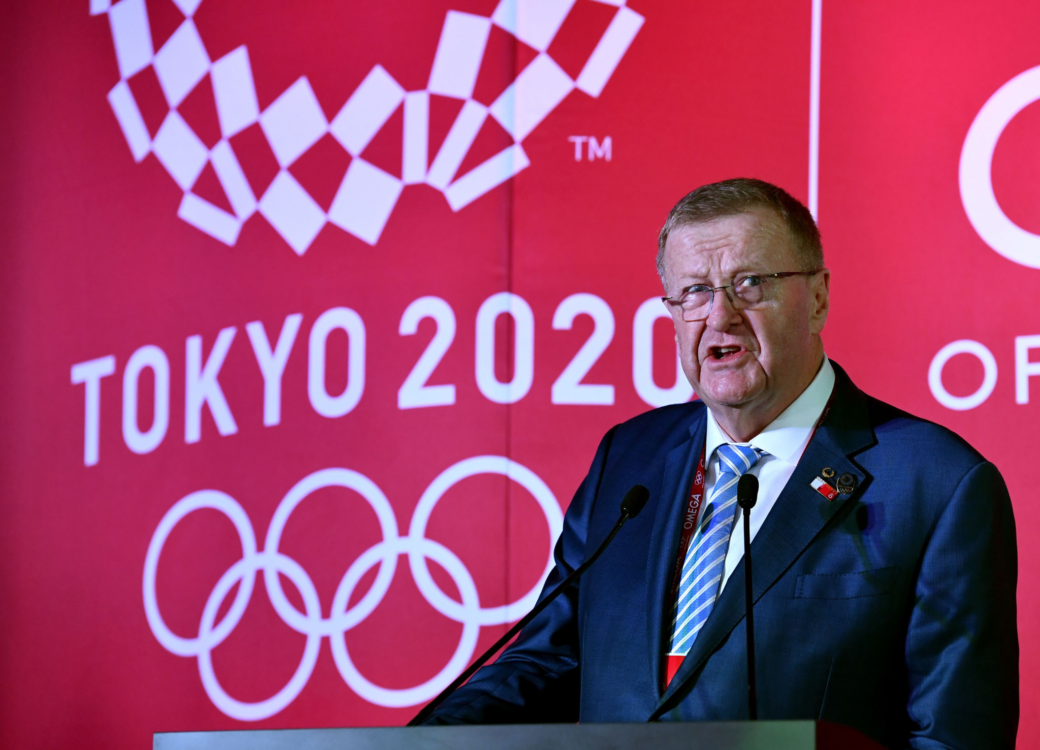 AOC President John Coates takes 20 per cent pay cut
