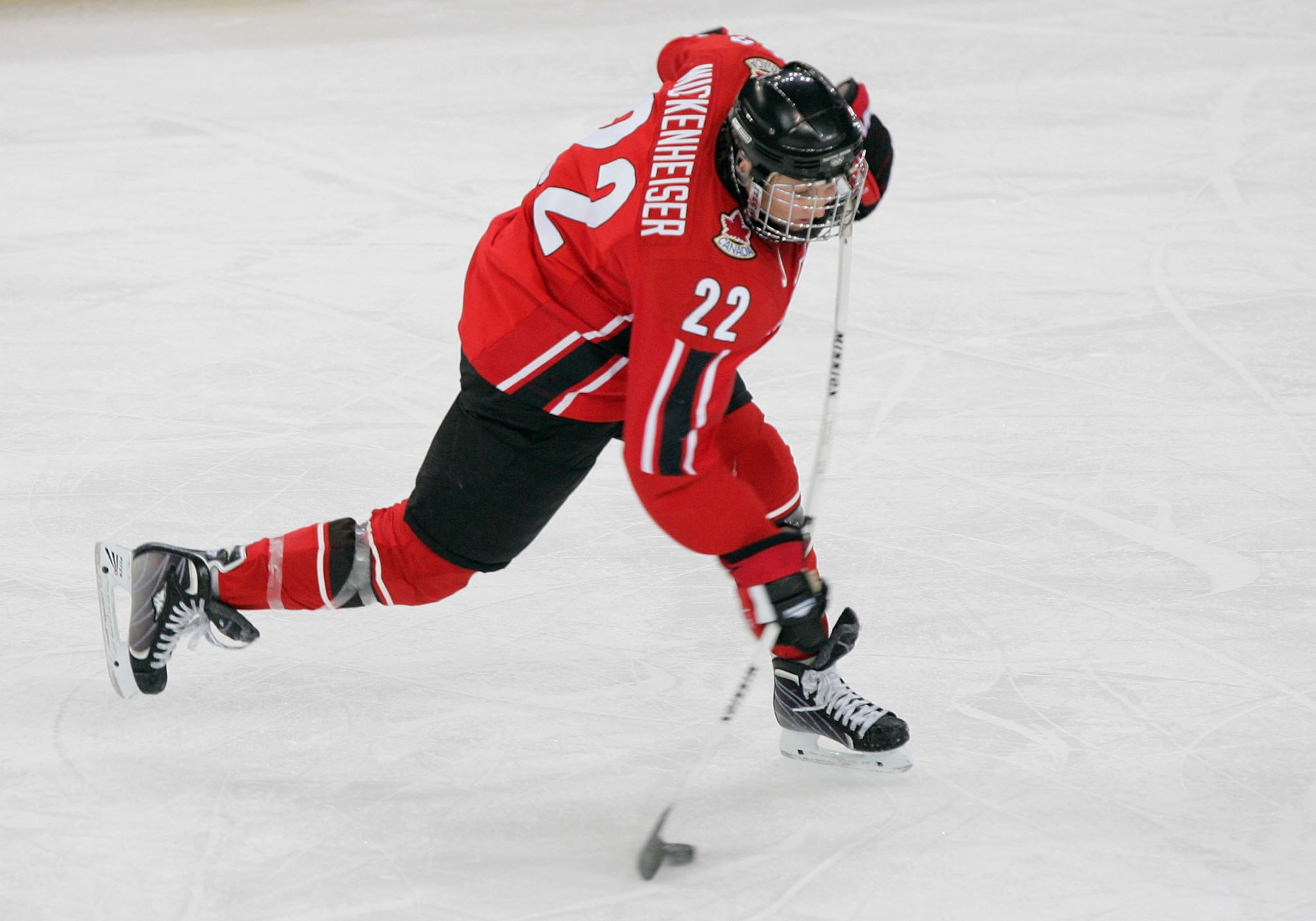 Hayley Wickenheiser had an unrivalled career as a female ice hockey player, earning four Olympic gold medals and one silver, as well as seven world golds and six silvers ©Getty Images
