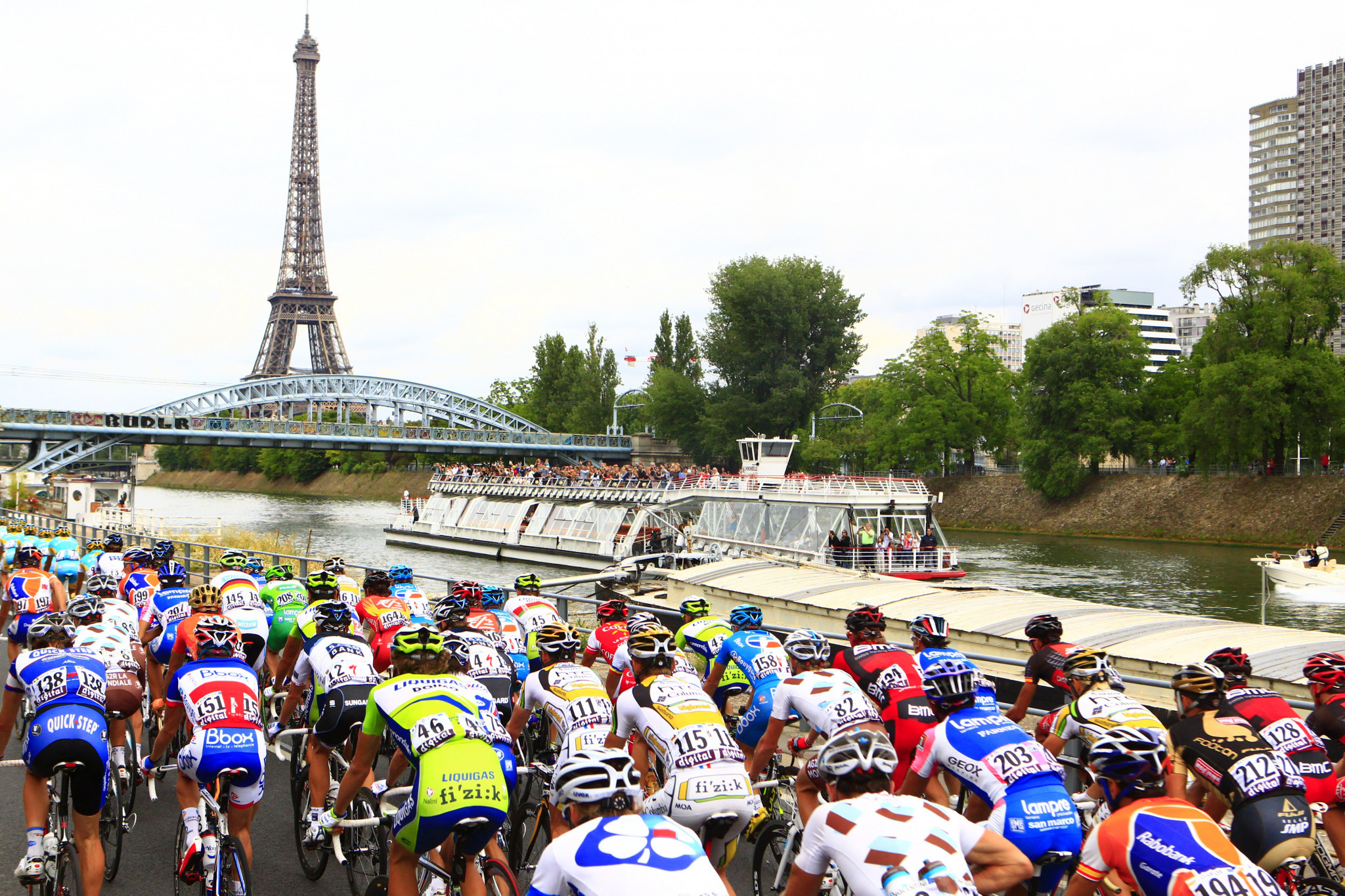 Tour de France moved to new dates in August and September