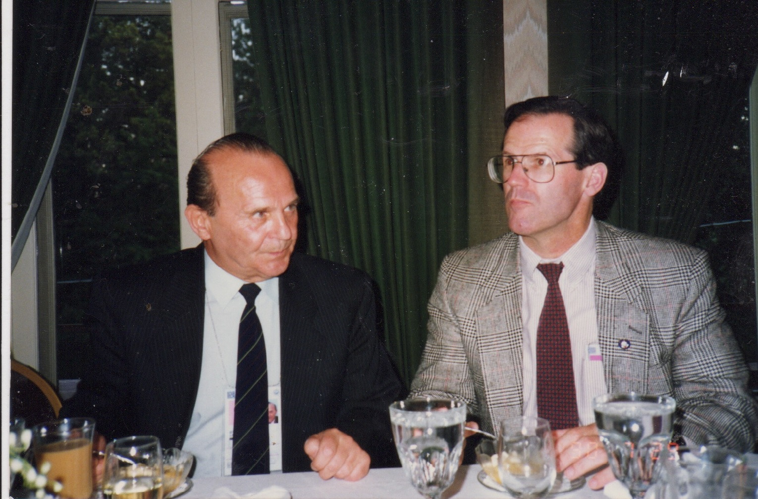 Jim Schmitz (right), has had plenty of run-ins with former IWF President Tamás Aján, but acknowledged Aján had also done a lot of good work for the sport ©Getty Images