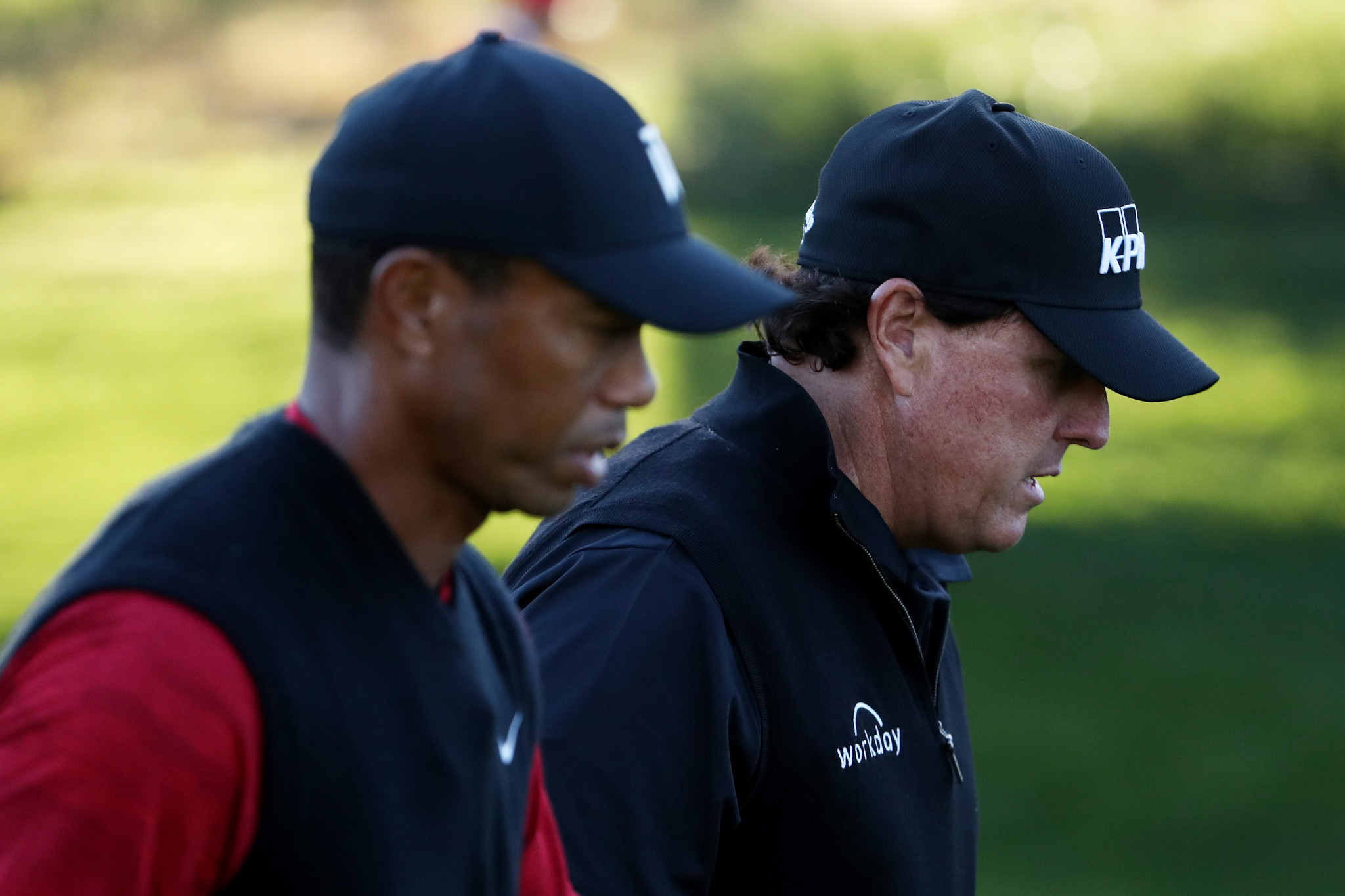Woods and Mickelson to meet again in charity golf match