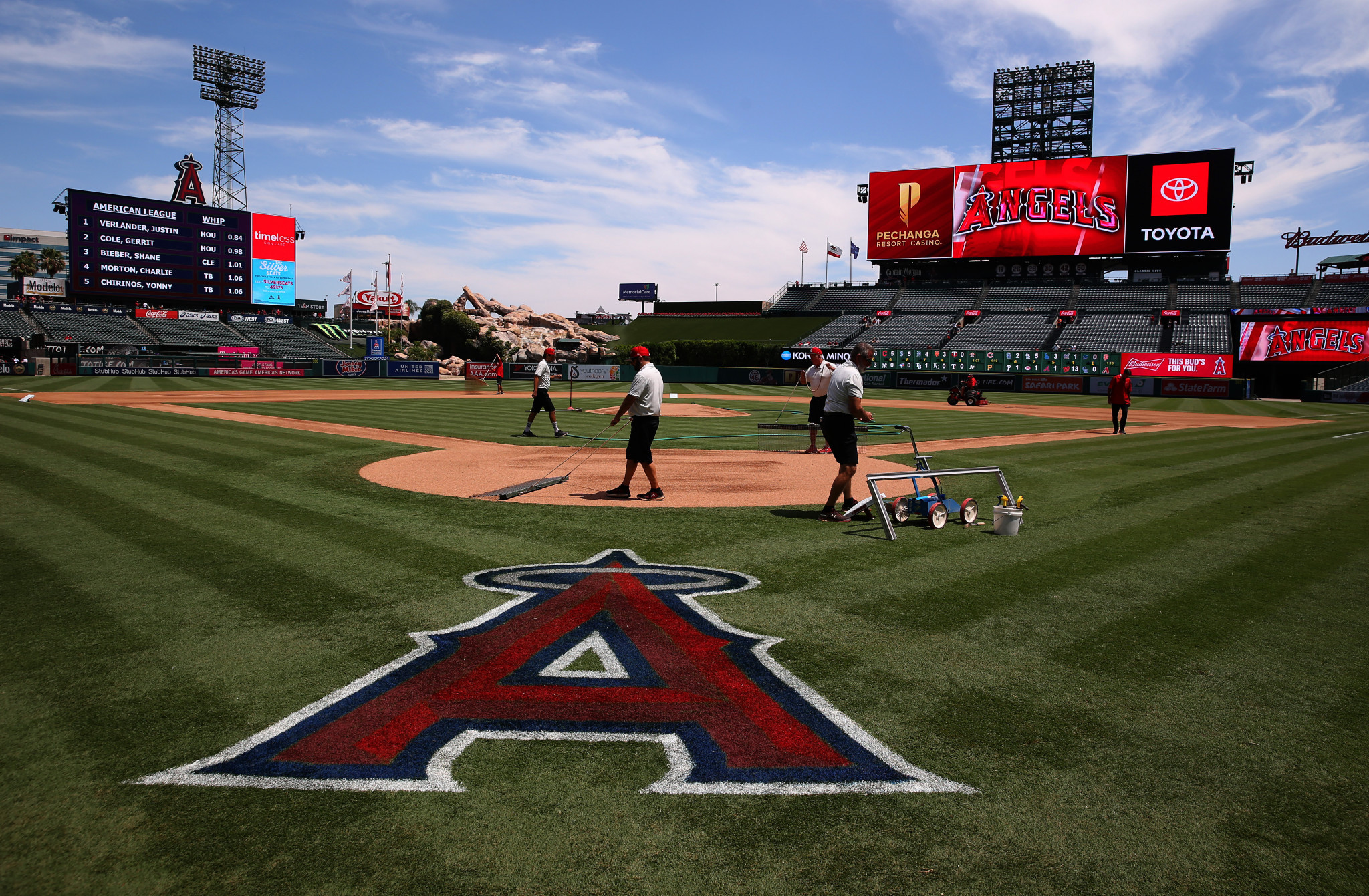 Plans for Angel Stadium to be unveiled by end of May