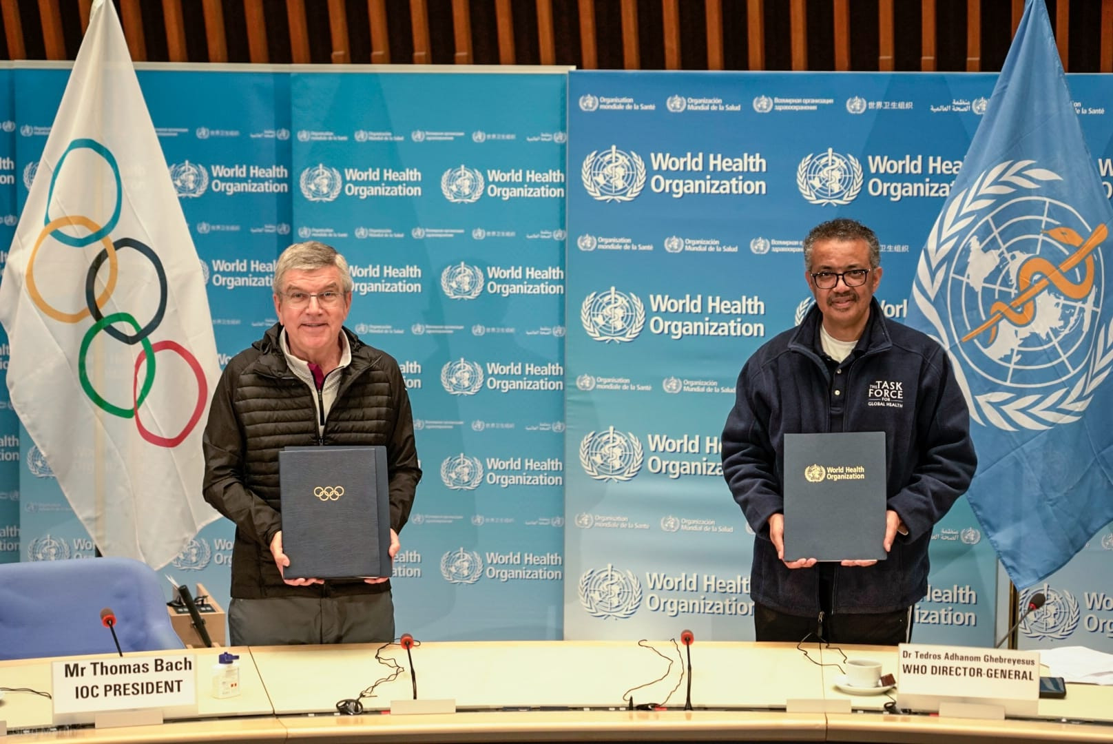 IOC President Thomas Bach and WHO director general Tedros Adhanom Ghebreyesus signed a new Memorandum of Understanding ©IOC