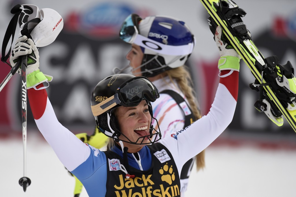 Gut edges Vonn to super combined glory as Norway dominates again at FIS Alpine World Cup