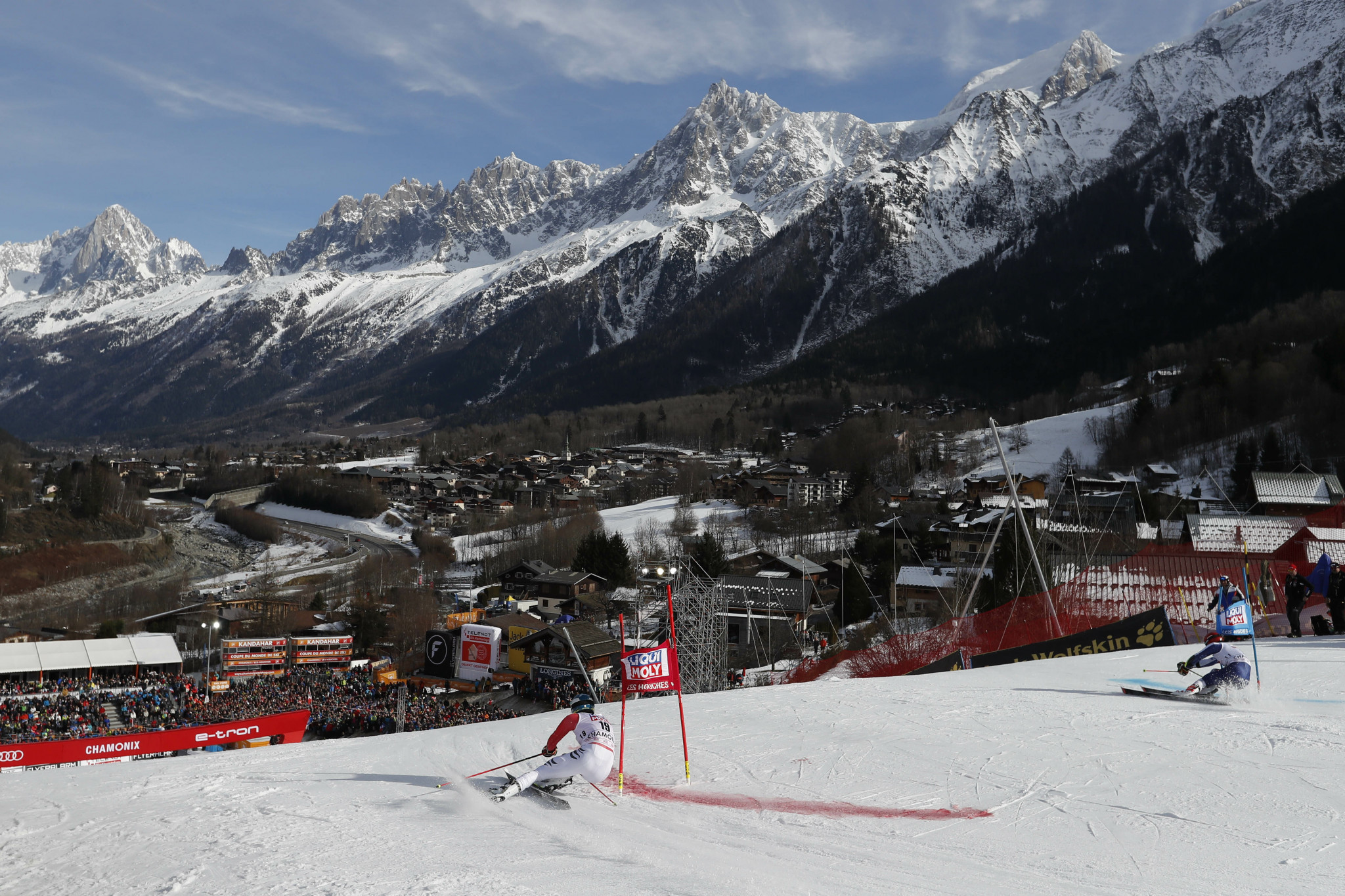Parallel races at the FIS Alpine Ski World Cup will now have a run and re-run format ©Getty Images