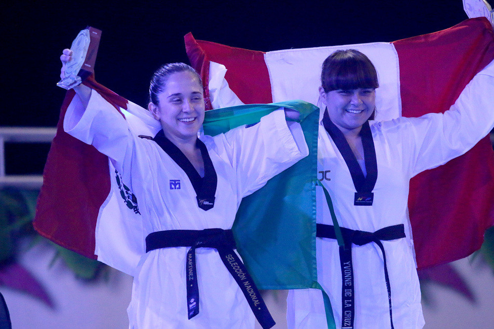 Daniela Andrea Martínez Mariscal, left, will make her Paralympic debut in Tokyo ©WT
